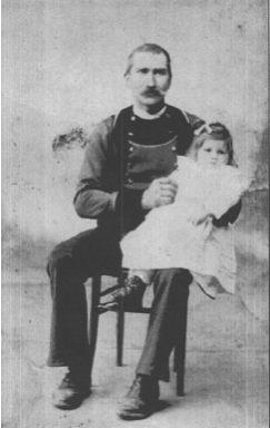 René Marchalot en 1911 avec sa fille Catherine - Coll. G. Dehem
