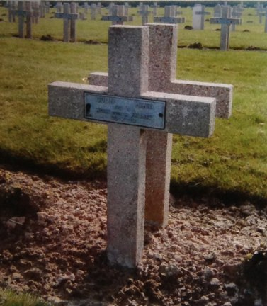 Tombe du soldat Henri Colin - Coll. Famille Colin, Kerfeuillant